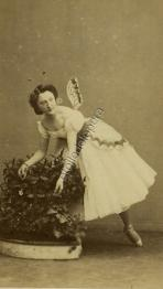Blanche Montaubry dans le Papillon - acte 2