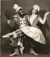 Max Bozzoni et Micheline Bardin dans Petrouchka de Mickaïl Fokine