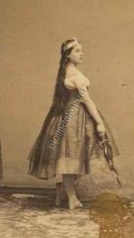 Henriette Wolter dans le Papillon