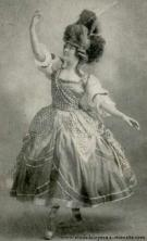 Une Spartiate dans le divertissement dansé de l'Opéra Castor et Pollux